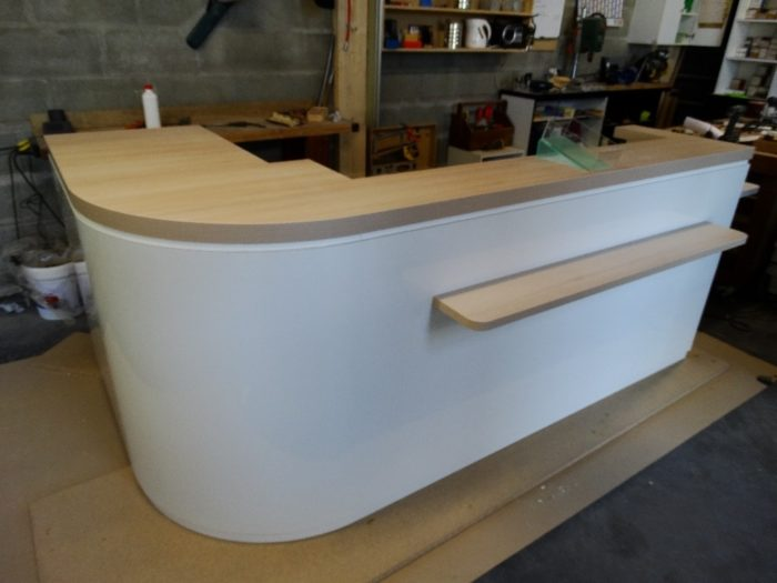 comptoir de bar en bois