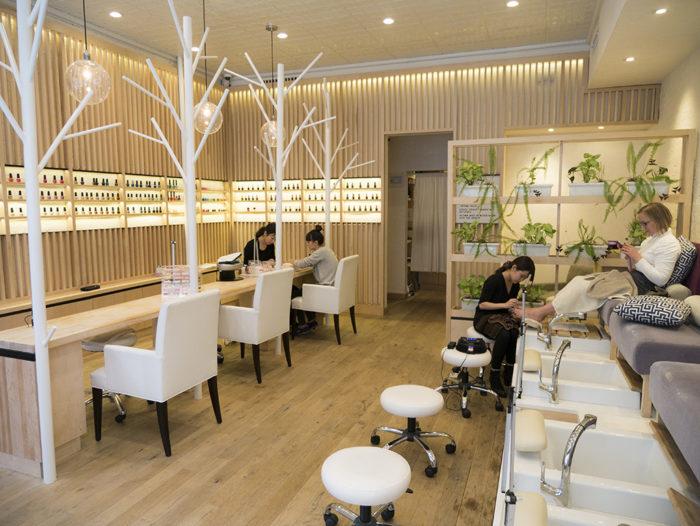 bar salon design