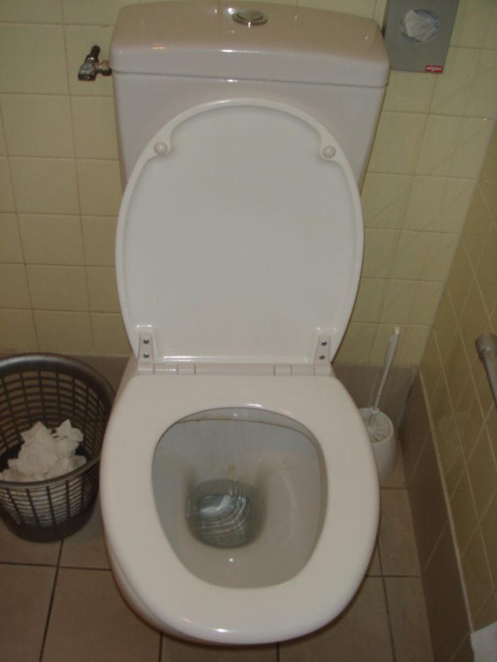 petite poubelle salle de bain