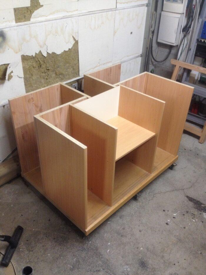 armoire metallique de rangement
